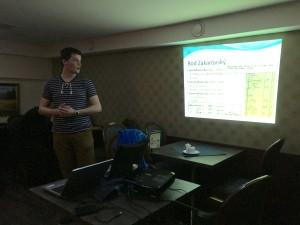 Prednáška Patrika Zakarovského o r§zmych zdrojoch, ktoré sa dajú využiť pri pátraní.