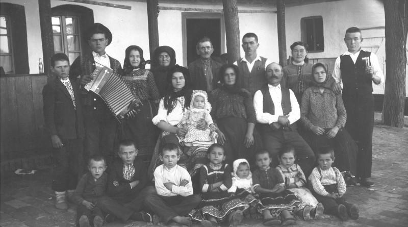 Rodinná fotografia počiatok 20 storočia